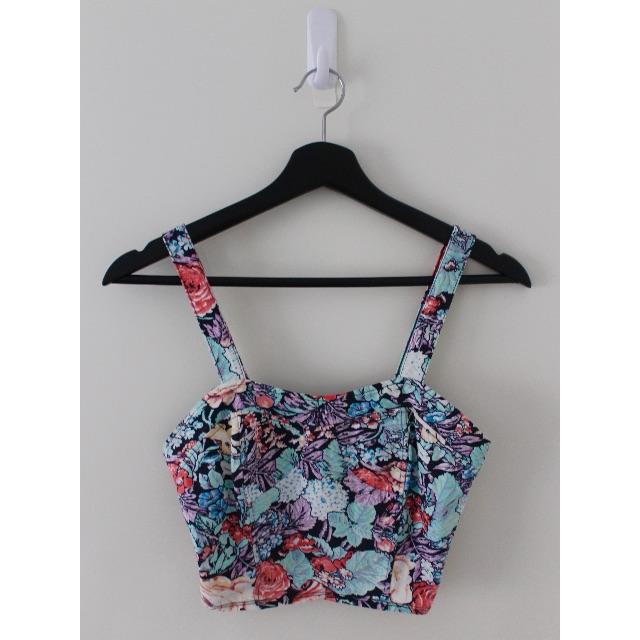 Sportsgirl - Floral Crop Top