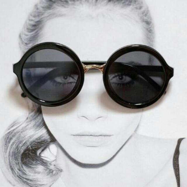 Sunglasses Circle hitam