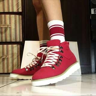 紅色高筒帆布鞋 輕量 25cm