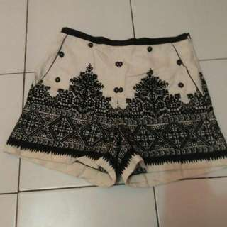Hotpant Batik