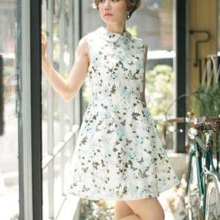 轉售小首爾自訂款洋裝3D蝴蝶花卉
