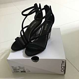 Aldo Shoes Size 5 BN