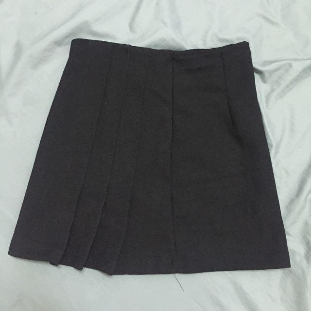 側邊百褶短裙