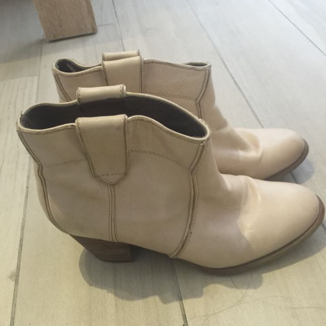 Aldo Ankle Boats