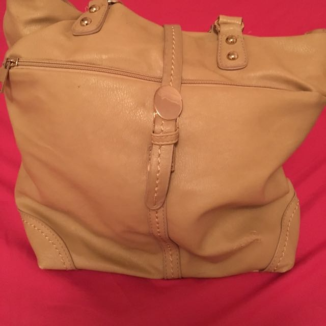 Cream Handbag Excellent Condition