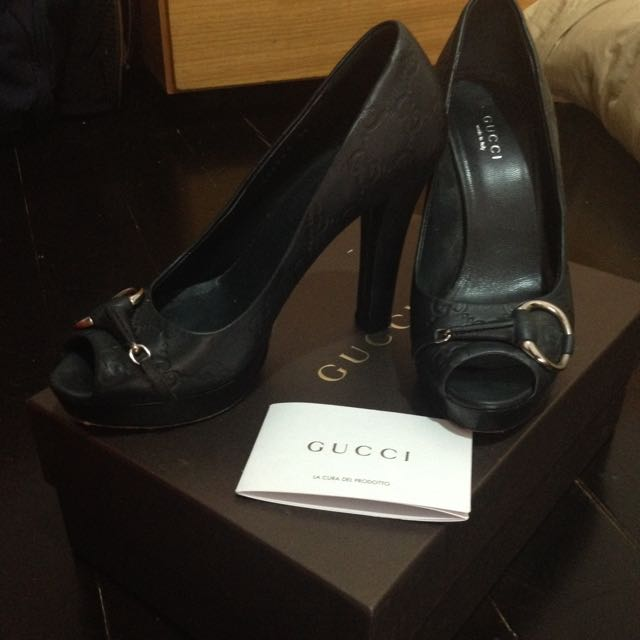 Gucci Pumps Authentic With Certificate Size 36