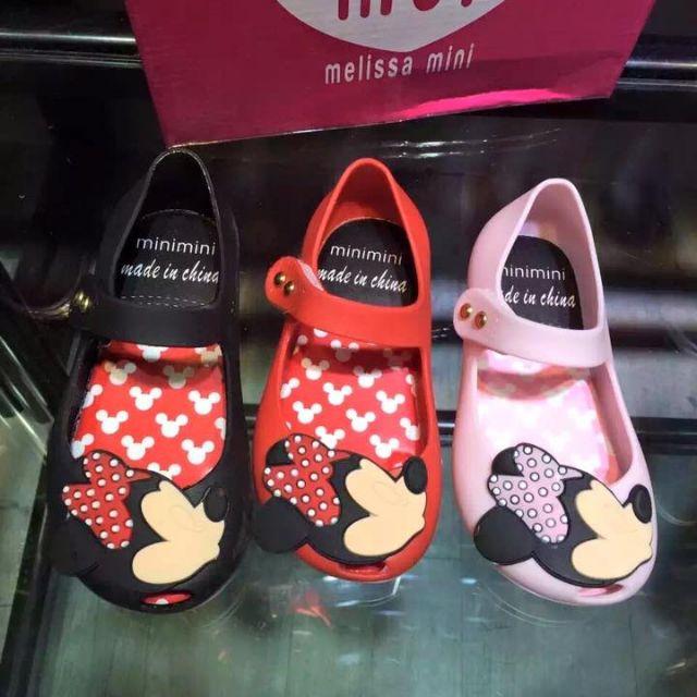 melissa的mini款 小朋友的香香鞋⋯ 超可愛的!這是小女孩的哦! 預購特價 850元整 是預購優惠價哦