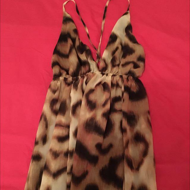 Size 8 Leopard Maxi Never Worn