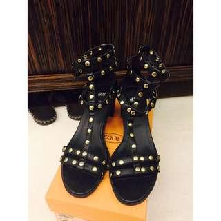 《近全新》黑色卯釘 H&M 涼鞋❤️