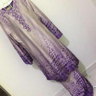 <Price Reduced>Baju Kurung Pahang With Beads