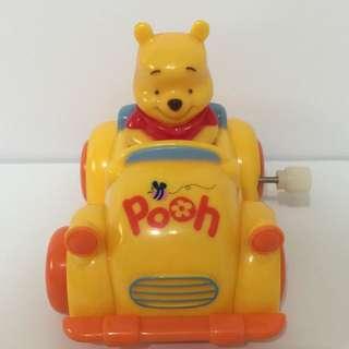 Disney小熊維尼旋轉發條玩具車Winnie the pooh