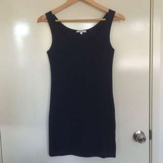Valleygirl skintight navy dress