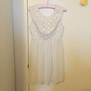 Seduce Chiffon Dress Size 8
