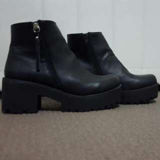 Dotti Leather Boots