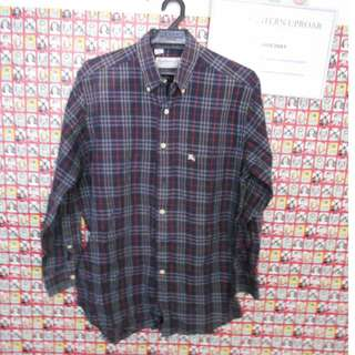 Burberry size L with little defect