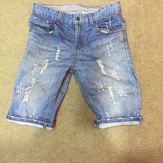 破壞牛仔短褲