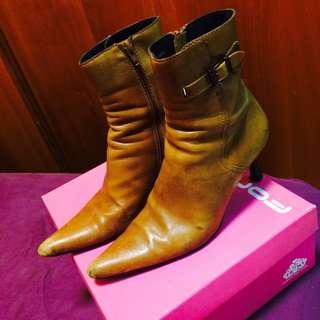 Brunoballin義大利製細跟側拉鏈超質感短靴