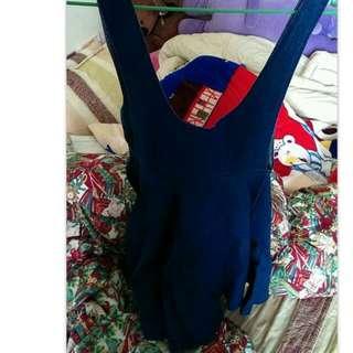 傘狀拉鏈吊帶裙