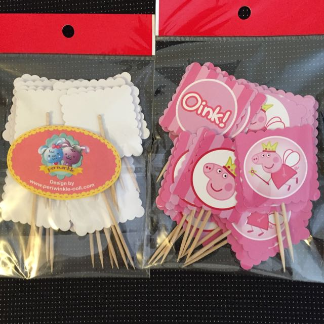2 Packs Of Peppa Pig Cupcake Toppers