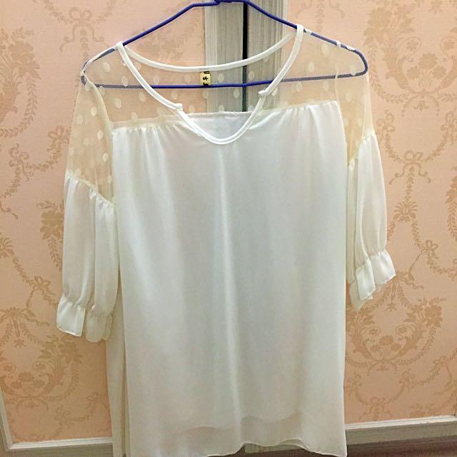 白色雪紡衣✨✨