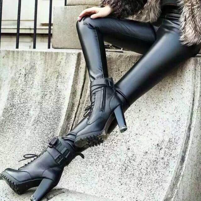 春夏薄透氣纖體瘦腿皮褲