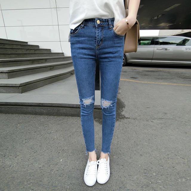 (全新)刷破窄管牛仔褲 褲管不修邊九分褲