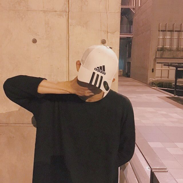 Adidas老帽 黑白兩色