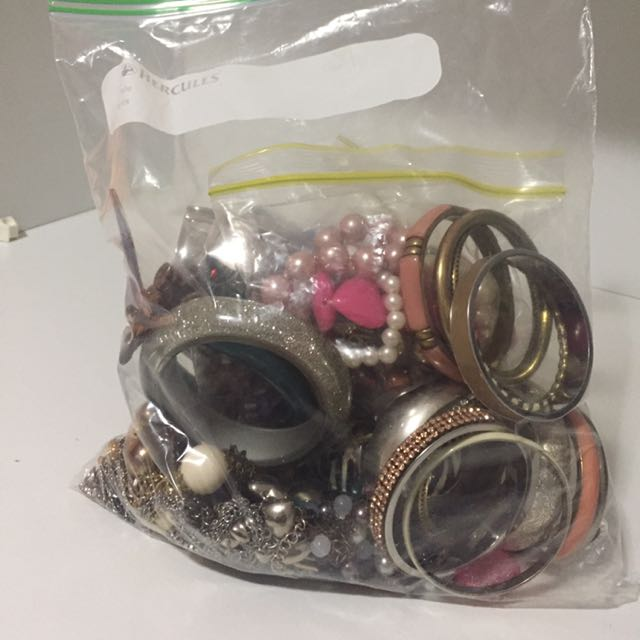 BIG BAG OF JEWELLERY!! rings/bangles/necklaces