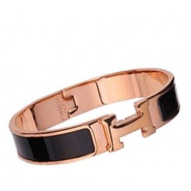 38f2ee002c638 BNIB HERMES CLIC H BRACELET BLACK WITH ROSE GOLD!