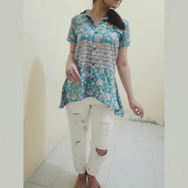 DEWI Batik Top
