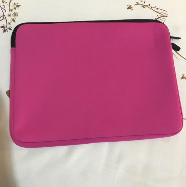 "Laptop Case 14"" (Fuscia)"