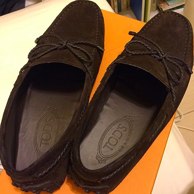 Tods深咖啡色豆豆鞋 Us8.5~9號可穿