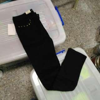 黑色全新長褲