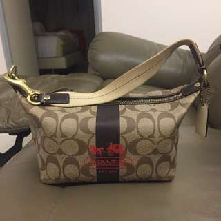 Pre owned Coach two way carry bag