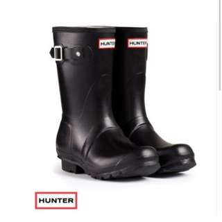 正品Hunter霧面黑 短靴