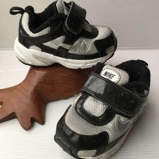 🚚 Nike正品寶寶運動鞋