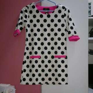 桃紅  白底 黑白 點點洋裝