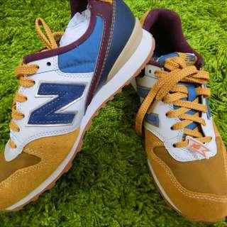 New Balance球鞋 麂皮 皮革  全新
