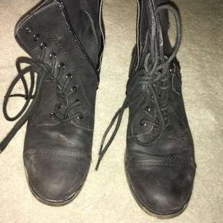 Betts Boots