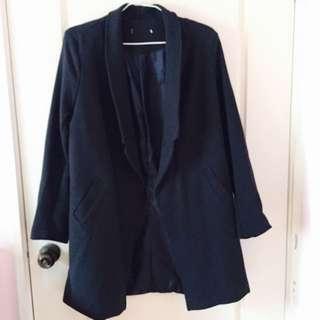 深藍雙口袋折領防風率性大衣