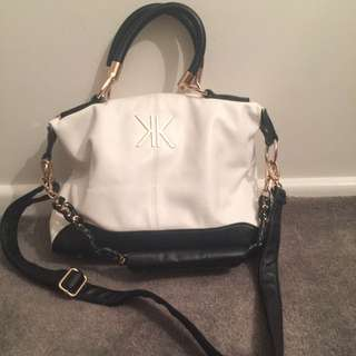 Black And White Kardashian Kollection Hand Bag