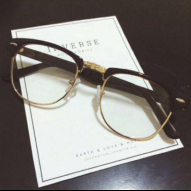 茶色半框眼鏡