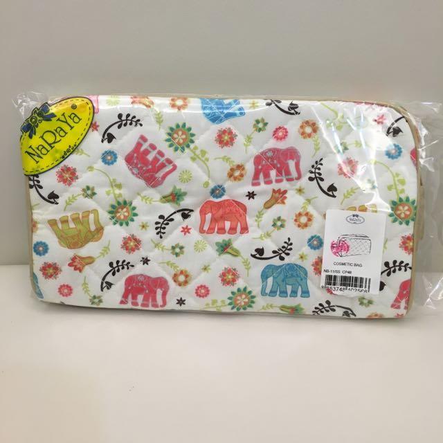 泰國帶回 Naraya 曼谷包 大象小花童案拉鍊 雜物包 零錢包 化妝包
