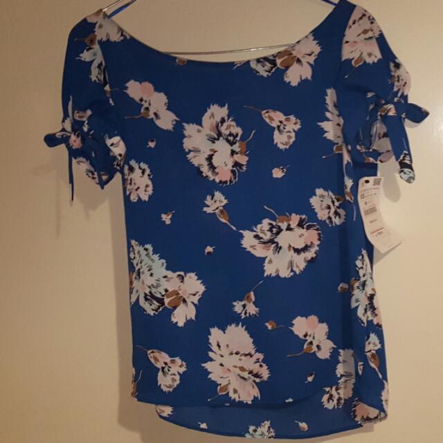 NEW Zara Trafaluc Blouse (Size XS)