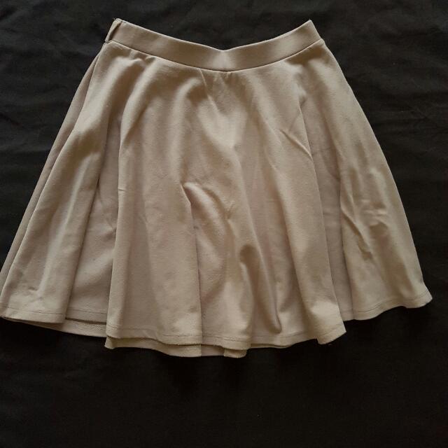 Nude/beige Skirt Size 8