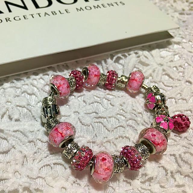 Pandora Pink Cute Charms And Bracelet