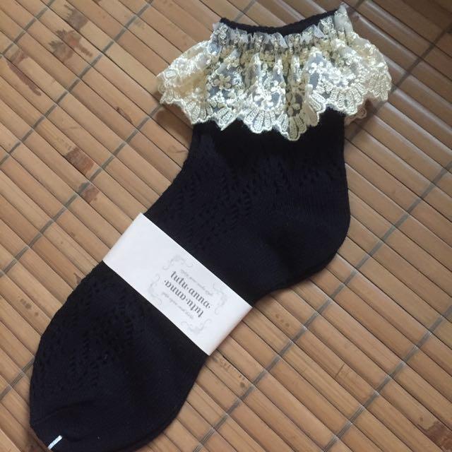 日本tutuanna 蕾絲針織短襪