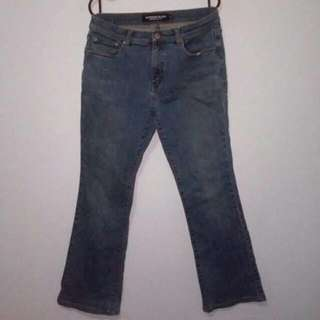 ⭐(Incl. Deli) Pre Loved Giordano Blues Low Rise Boot Cut Style Women Jeans Size 29 (Incl. Delivery)