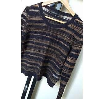 Size XS - Portmans Black and Gold Knit