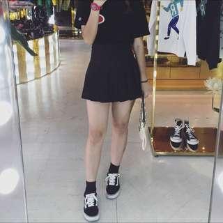 黑色百褶裙